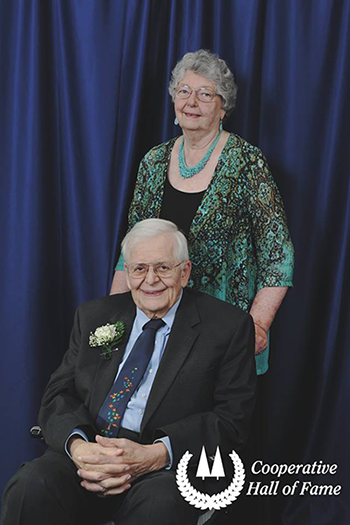 Stan and Sharron Dreyer at the 2017 Cooperative Hall of Fame induction ceremony.